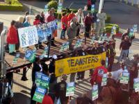 Community members and organizations rally to support the Coalition for Clean & Safe Ports on March 17, 2008 © 2008 Marc Caswell